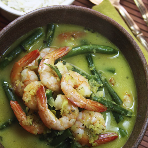 Fragrant Prawn Curry with lemon and coriander infused basmati rice