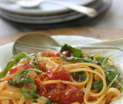 Creamy Tomato and Rocket Linguini