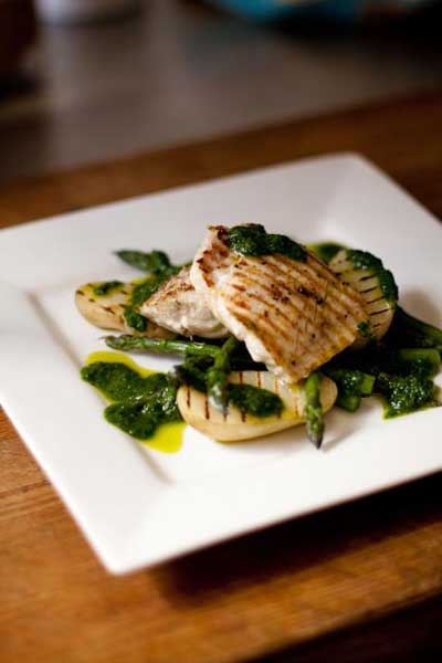 Healthy Eating Angelfish with Grilled Asparagus & Roasted Garlic & Parsley Dressing