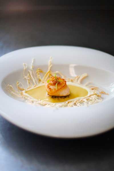 food presentation pan seared scallop
