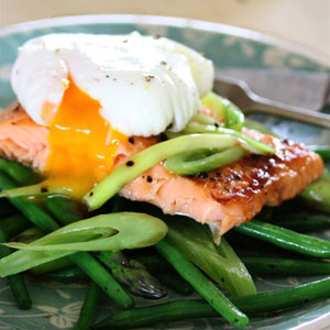 Grilled_Trout_Poached-egg_3x3