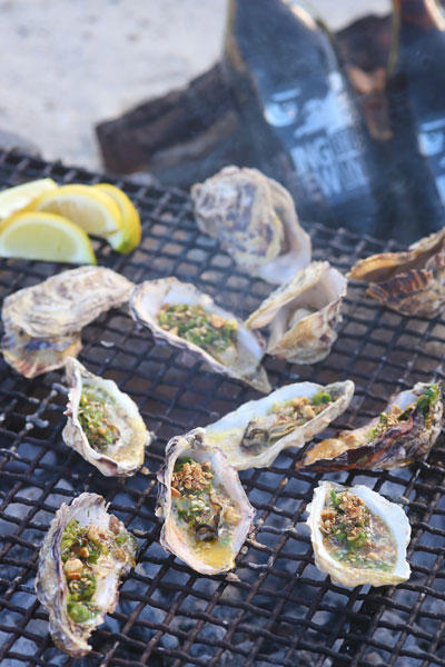 healthy fish recipes - fire baked oysters