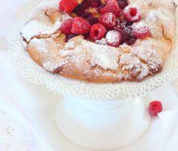 Custard-and-Raspberry-Free-form-Tart_400x600