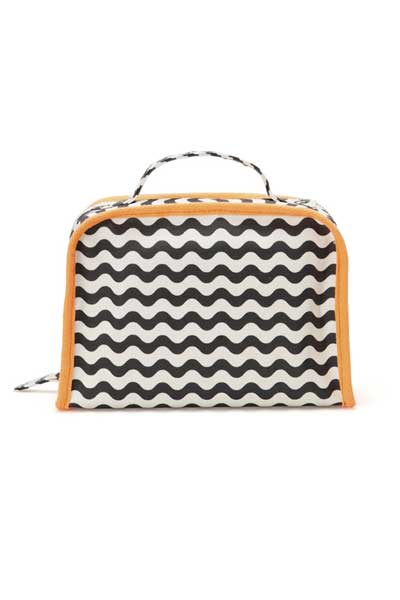 Waves_cosmeticbag_400x600