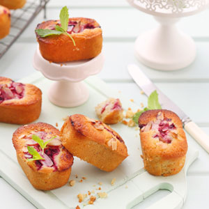 Berry_&_almond_friands