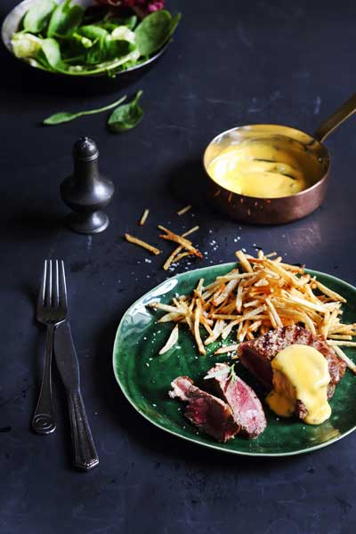 Grilled Rib Eye Steak with Béarnaise Sauce