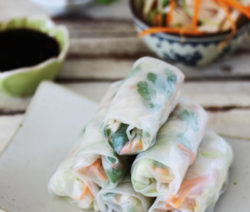 Vietnamese-chicken-spring-rolls_400x600