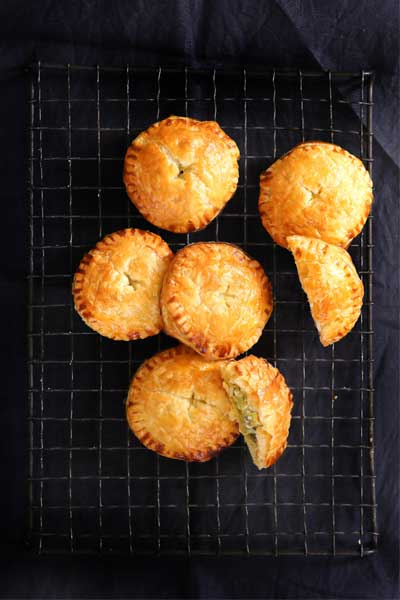 savoury pie recipes leek and goats chees hand pies