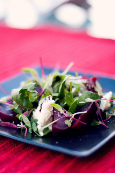 Balsamic Roasted Beetroot and mozzarella Salad recipe