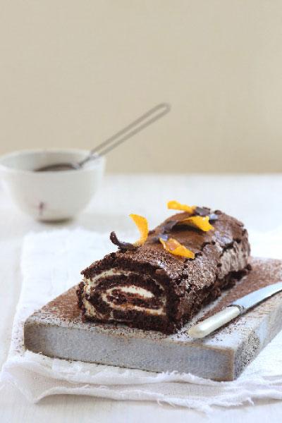 Dark Chocolate Roulade with Orange Cream and Candied Orange NoMU Chocolate Cake Kit