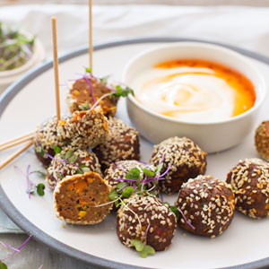 Asian-Meatballs-with-a-Sweet-Chilli-&-Yoghurt-Dip_300x300