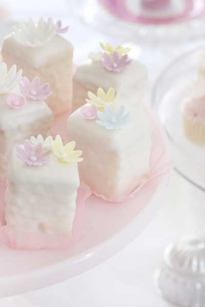 Vanilla petit fours recipe