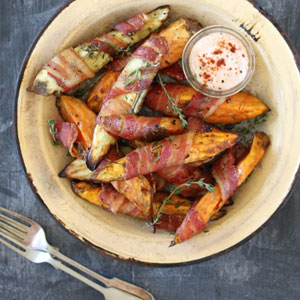 Sweet-Potato-Wedges-Wrapped-in-Bacon_300x300