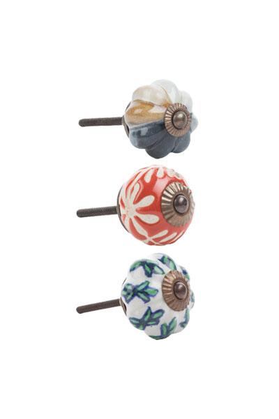 Ceramic-Doorknobs-Poetry_400x600