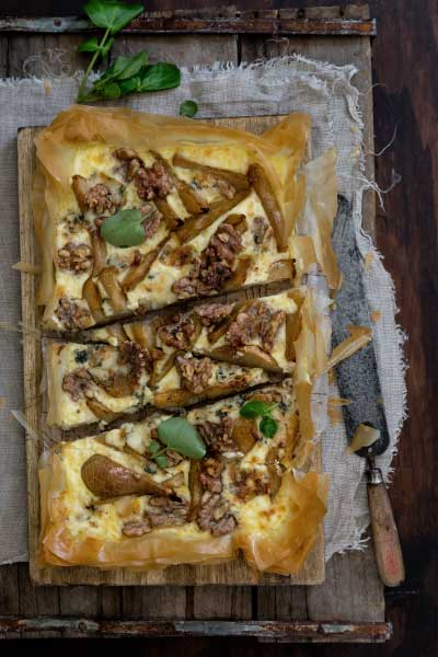 caramelised pear, walnut and blue rock open tart, fairview blue rock cheese, recipe