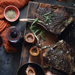 roast-rib-eye-&-bone-marrow-with-red-wine-sauce_300x300