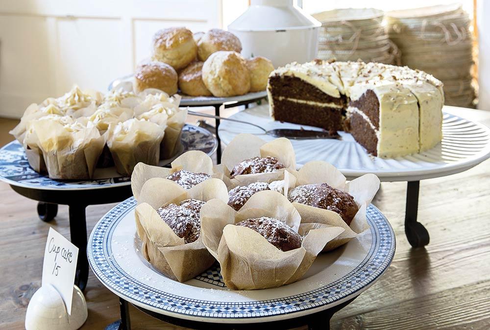 spier-Eight-to-Go-cakes