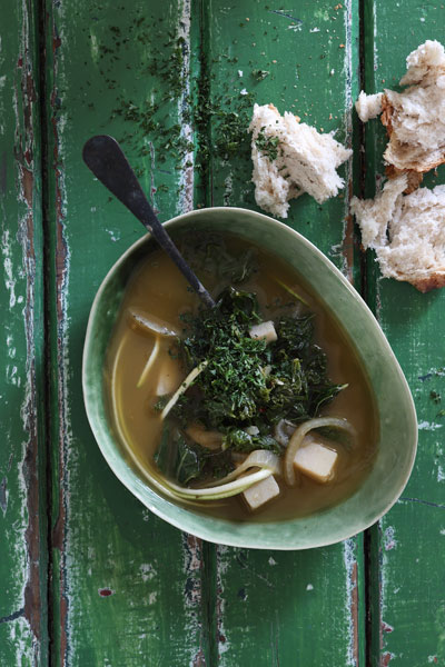 Matcha Green Tea and Kale Soup