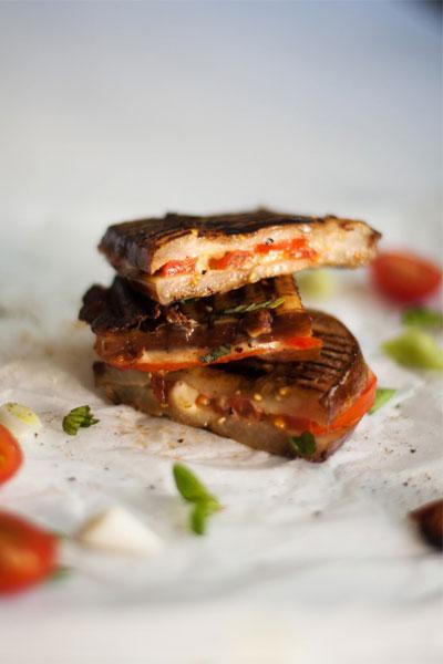 best braai recipes aubergine braaibroodjies with cheese & Tomato
