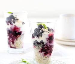 crushed blueberry & quinoa parfait