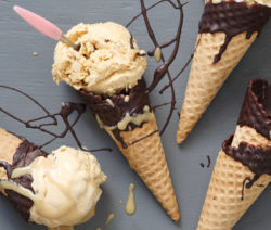 Fried-Banana-and-Caramel-Ice-cream