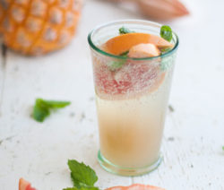 Pineapple-Grapefruit-Mojito