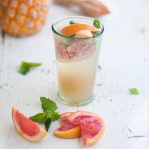 Pineapple-Grapefruit-mojito-