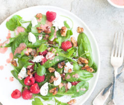 Raspberry-Goats-Cheese-Salad