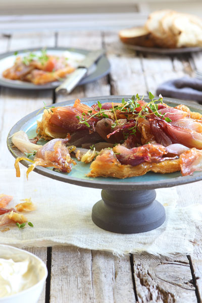 Easter Recipe Round Up Oven Roasted Onion Tarte Tartin