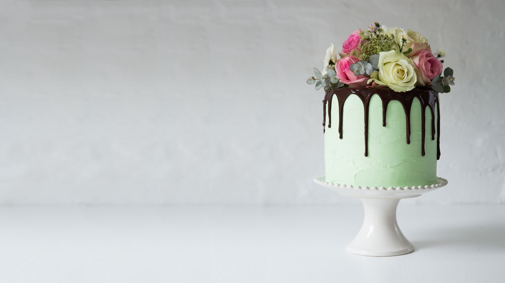 Cake Trends The Drip Cake Crush Mag