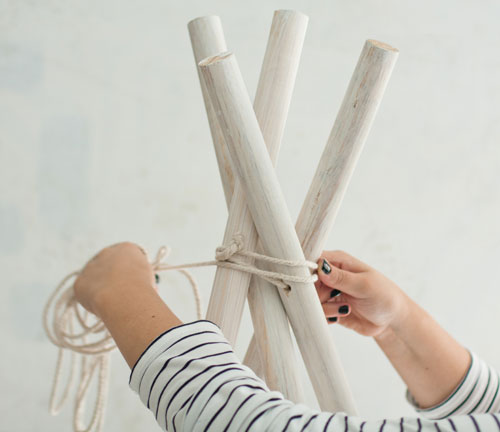 Make Your Own Diy No Sew Teepee For Kids Crush