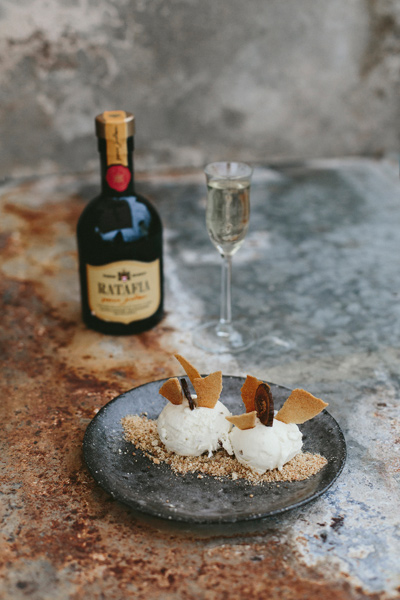 Blue Cheese and Fig with Black Pepper Tuile