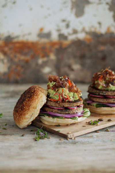 easy vegan recipes frys traditional burgers with chunky avo & peppadew salsa