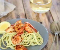 Avo and Prawn pasta