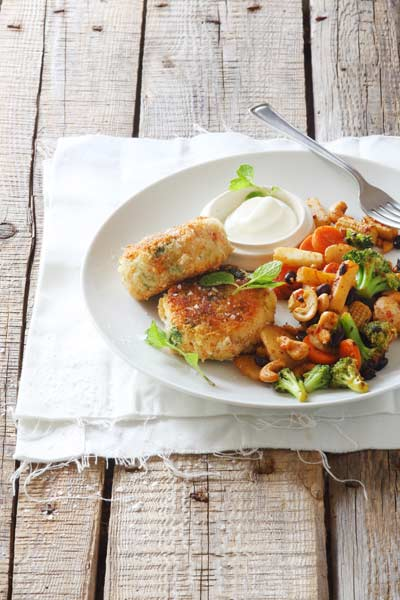 healthy fish recipes -crumbed-salmon-fish-cakes-cashew-vegetable-stir-fry
