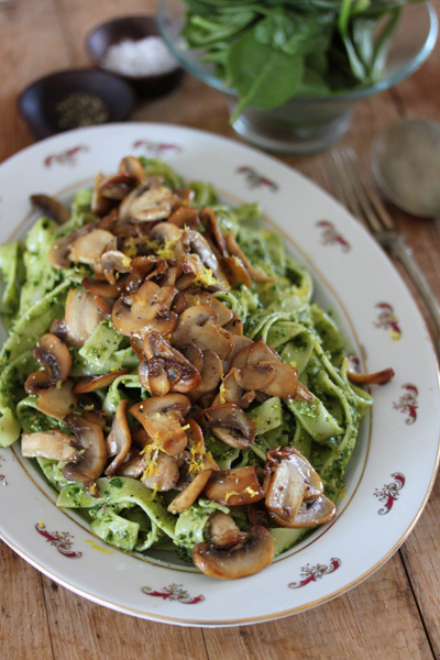 Fettuccine with Spinach & Walnut Pesto Topped with Garlic Butter Mushrooms Recipe.