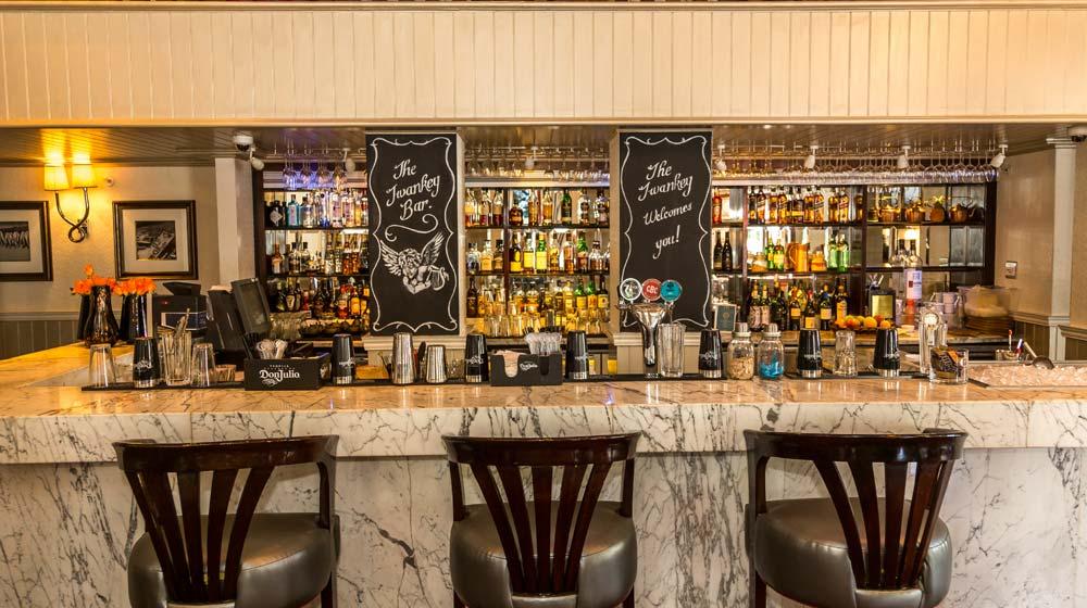 Twankey Bar