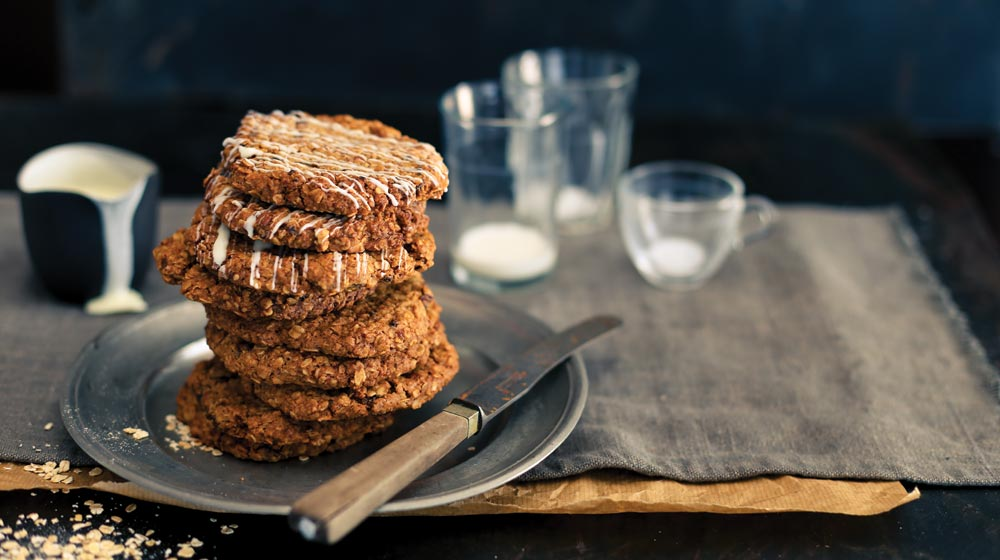 Giant Oatmeal-cookies