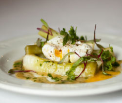 Leeks-with-Poached-eggs