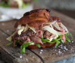 Vetkoek-Steak-Sliders-with-Horseradish-Mayo