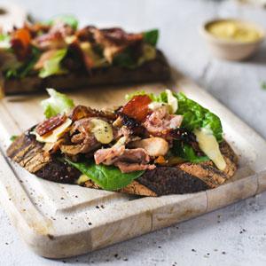 Chicken-Caesar-salad-Tartin