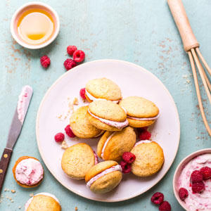 Lemon-and-Poppy-Seed-Whoopie-Pies-with-Raspberry-Cream-3x3