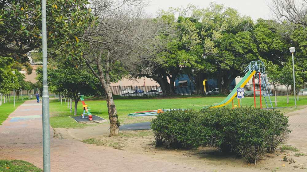 Trafalgar-Park-Beautiful-Picnic-Spots-in-Cape-Town-1x5