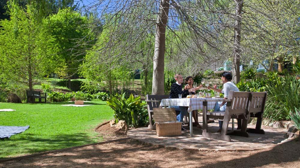 Delheim-Riverside-Picnic- wine farm picnics