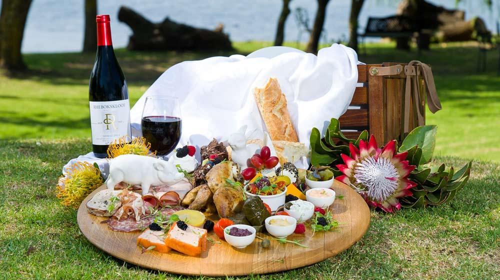 rhebokskloof-wine farm picnics