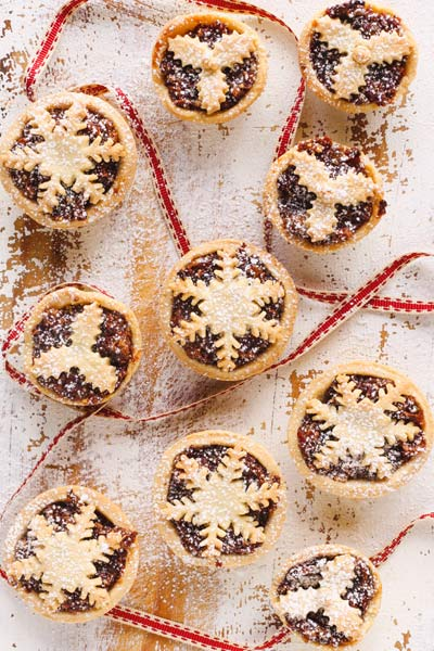 fun Christmas baking ideas Berry Christmas Mince Pies