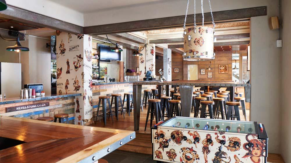 kloof street restaurants - jerry's burger bar