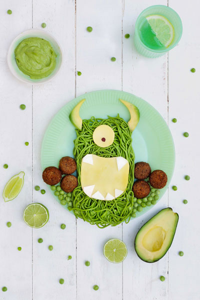 Spinach and Avo Green Monster Pasta