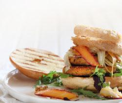 Quorn-vegan-burger-carrot-slaw