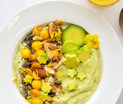 Avo Smoothie bowl